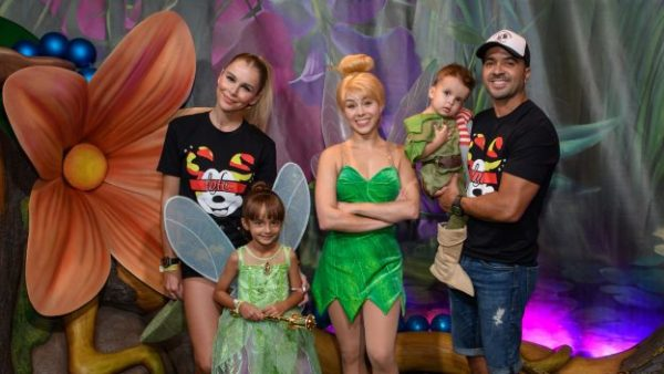 Luis Fonsi - A Halloween Celebration with #DisneyFamilia