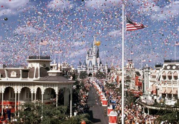 Magic Kingdom & Epcot Celebrate their Anniversary today! 1