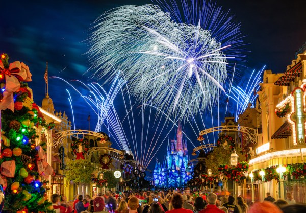 Ultimate Christmastime Package Arrives for the Holidays at Disney World 3