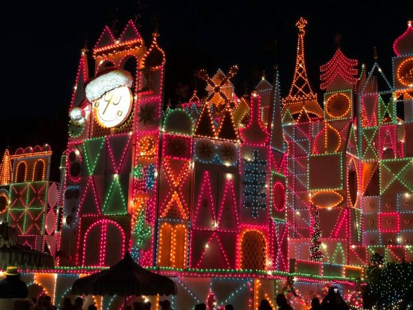 It's a Small World Lit Up For Christmas Around the World 1
