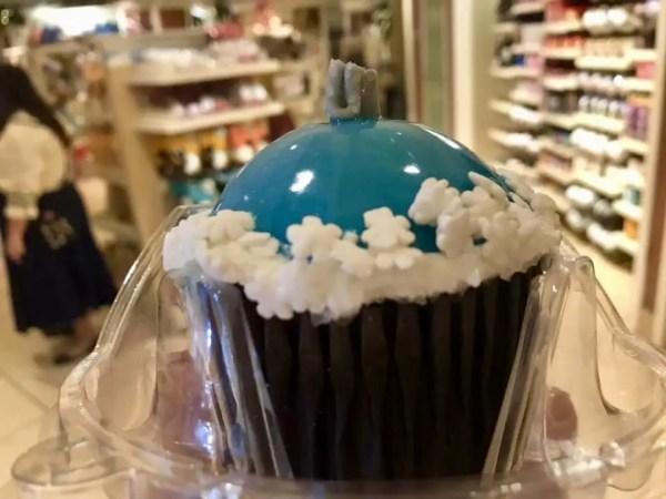 Try the New Hot Chocolate Cupcake at Disney's Beach Club Resort 3