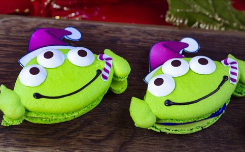 Disneyland Holiday Foodie Guide for 2018