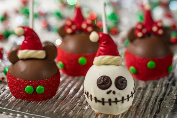Disney Springs Sweets, Treats, and Savory Dishes Around For the Holidays 1
