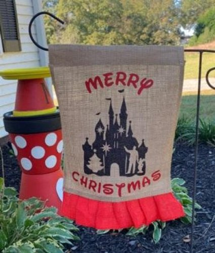 Welcome Guests With A Disney Merry Christmas Garden Flag 1