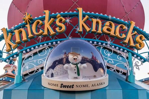 10 Essential Shopping Destinations at the Disneyland Resort