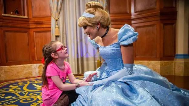 A Little Girl Meets the Real Cinderella at Walt Disney World