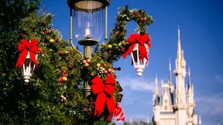 Yuletide Fantasy Tour At Walt Disney World