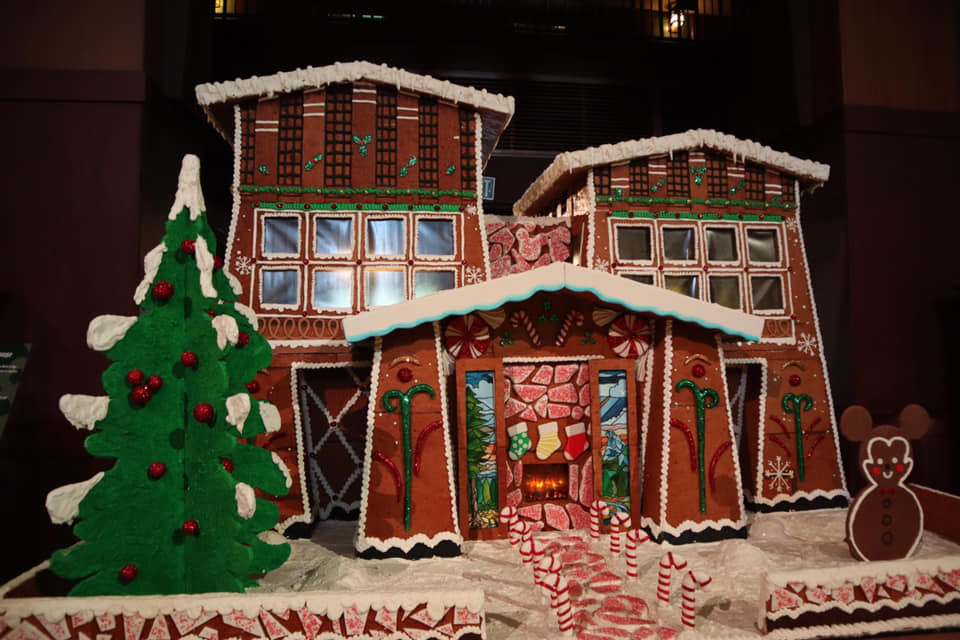 Let's Take a Closer Look at the Grand Californian Gingerbread House