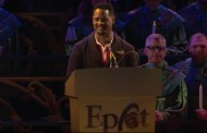 Blair Underwood Narrates The Candlelight Processional