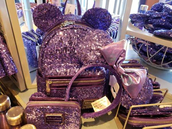 Review: VIP Annual Passholder Purple Potion Merchandise Event 7