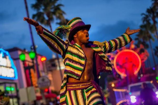 Enter For Your Chance to Ride a Float in Universal's 2019 Mardi Gras Parade!