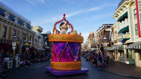 Mickey's Soundsational Parade has Returned to Disneyland 9