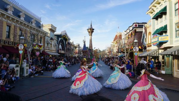 Mickey's Soundsational Parade has Returned to Disneyland 10