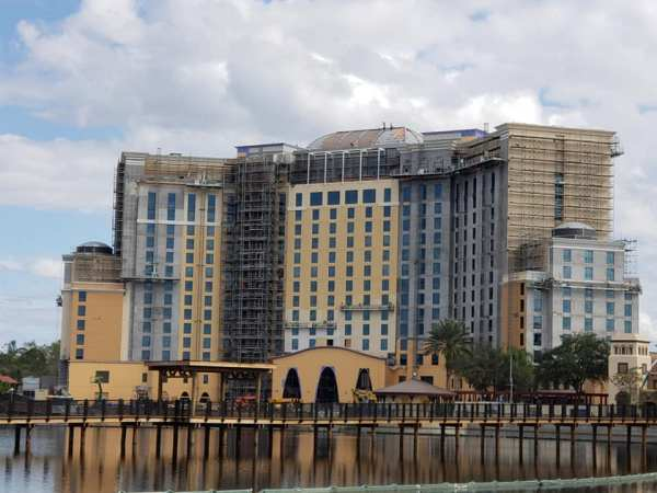 Gran Destino Tower and Villa Del Lago Bar and Eatery are Taking Shape!