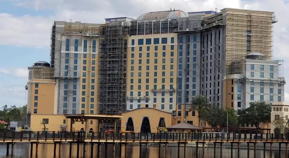 Gran Destino Tower and Villa Del Lago Bar & Eatery are Taking Shape!