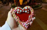 Linzer Cookie Arrives At Disneyland Park In Time For Valentine's Day