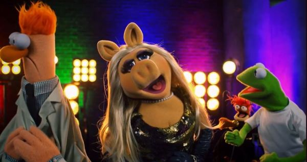 Drop the Mic Features The Muppets