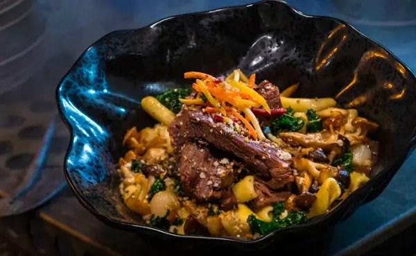 Star Wars: Galaxy Edge Food Preview! 3