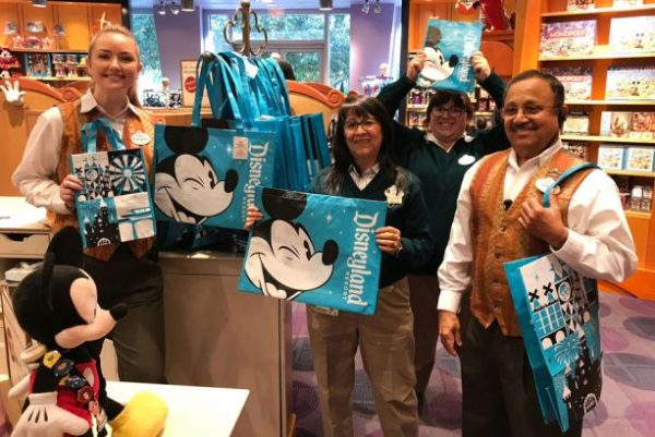 Reusable Bags Now Available At Disneyland and Walt Disney World Resorts 1