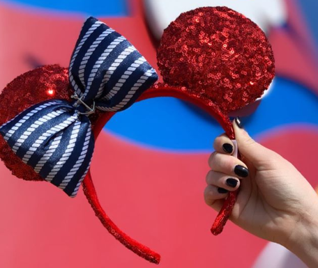 Christmas Minnie Ears 2019.Set Sail With The New Ruby Red Disney Cruise Line Ears