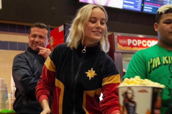 Brie Larson Helps Fans at Captain Marvel Screening