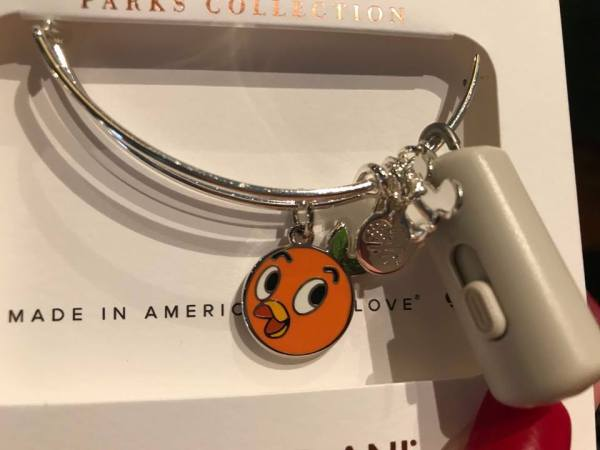Cheerful Orange Bird Bangle From Alex And Ani Is A Citrus Delight 1