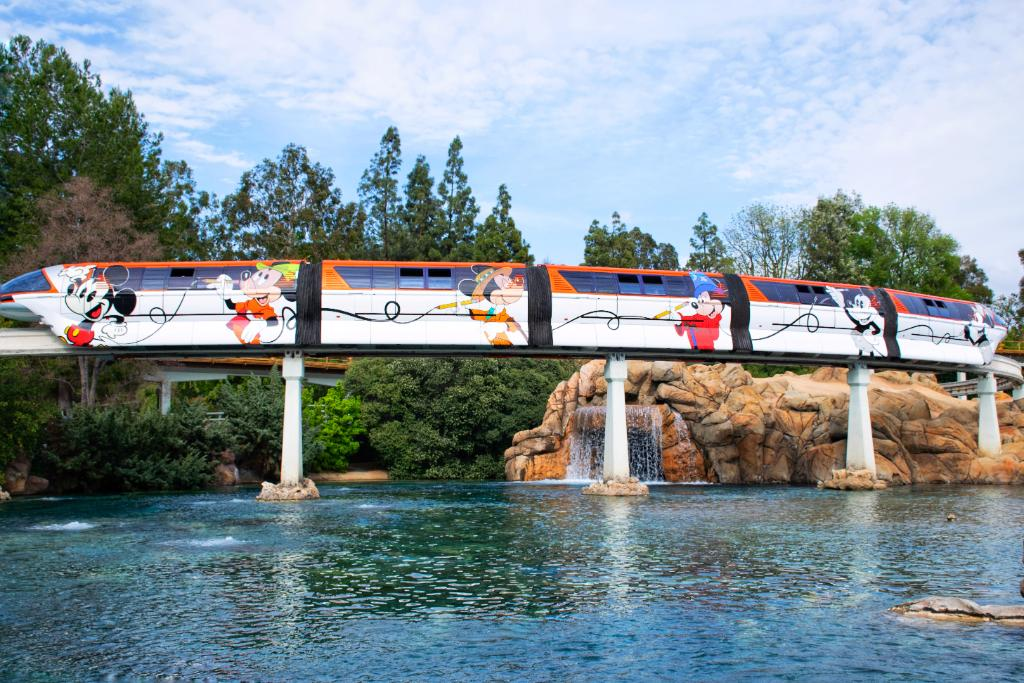 "New ""Get Your Ears On"" Monorail at Disneyland"
