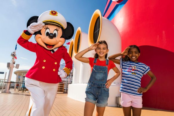 Disney Cruise Line and Captain Minnie Mouse Inspire Next Generation of Female Ship Captains 3
