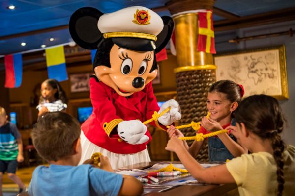 Disney Cruise Line and Captain Minnie Mouse Inspire Next Generation of Female Ship Captains 4