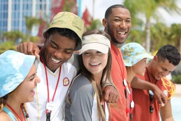 Universal Orlando Resort Looking to Hire 2500+ New Team Members 1