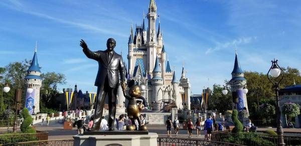 Disney Sends out Survey to Guests with Upcoming Reservations 1