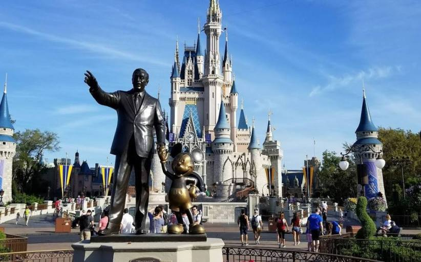 Current Special Deals and Offers for Disney and Universal for April 1,2019.
