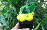 Celebrate Animal Kingdom's Baby Gorilla With A Gender Reveal Cupcake