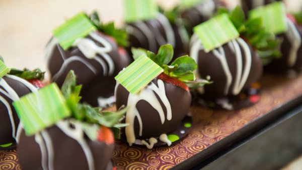 Minnie's Mother's Day Chocolate Party coming to the Yacht & Beach Club Resort 1