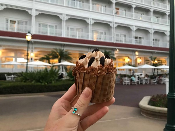 New Mocha Cupcake Now Available at the Gasparilla Island Grill.