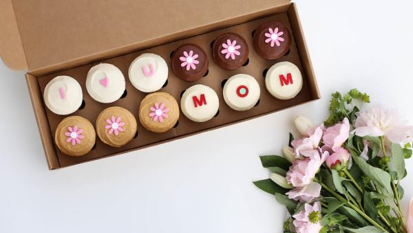 Ways To Celebrate Your Mom This Mother's Day At Disney Springs