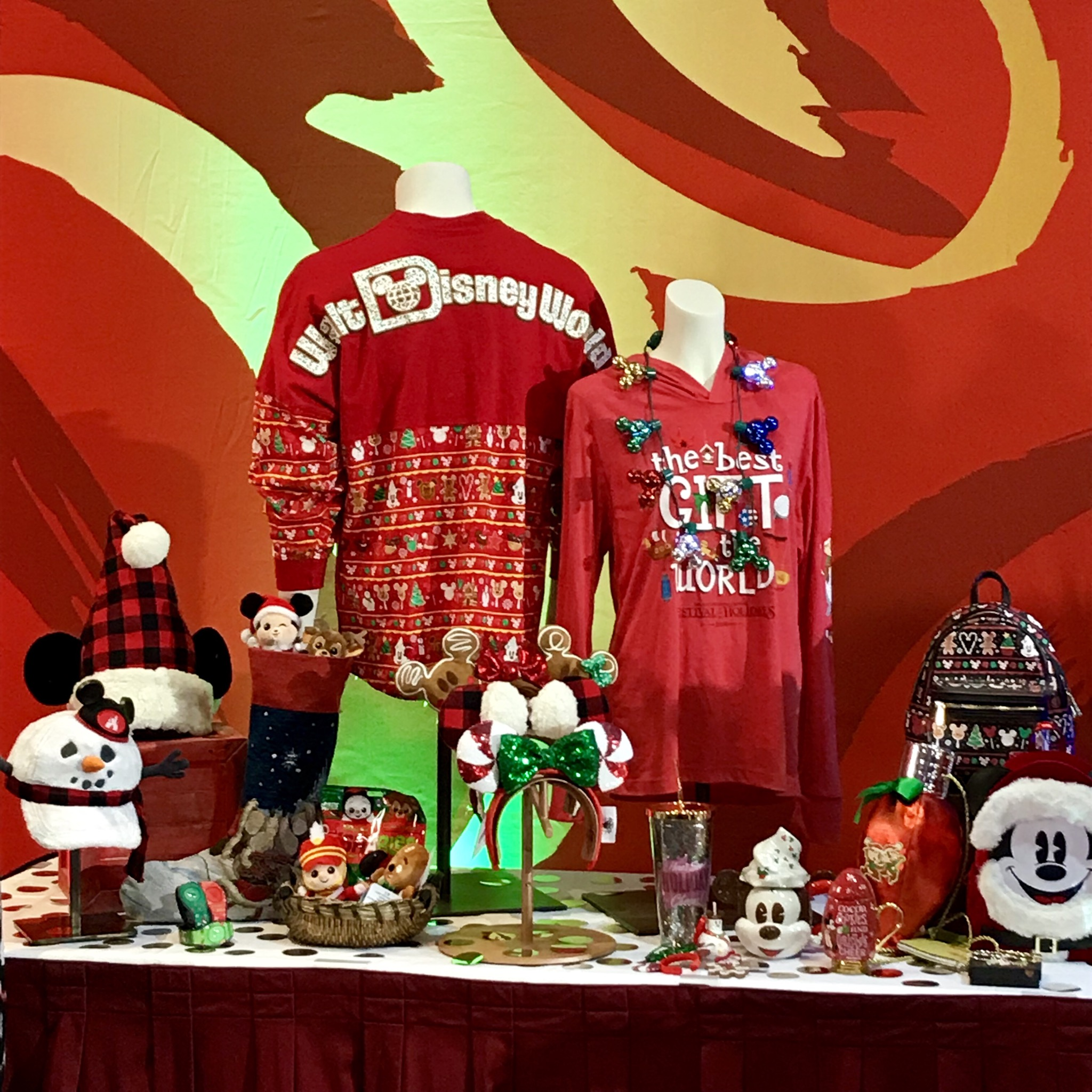 Christmas In July Disney World.Fabulous Disney Holiday Merchandise Revealed At Disney S