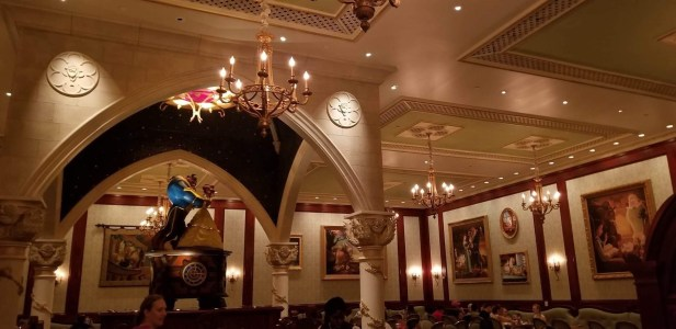 Disney Dominates Top 10 Amusement Park Restaurants