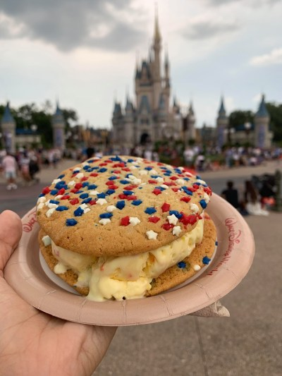 Limited Time Sugar Cookie Sandwich At MK