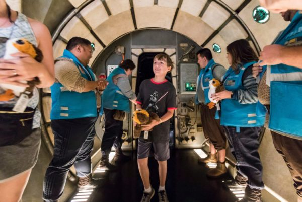 Millennium Falcon: Smugglers Run at Star Wars: Galaxy's Edge in Disneyland Park Takes It's Millionth Rider 2