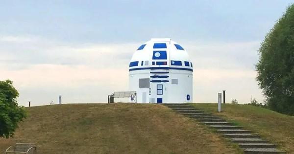 Mega Star Wars Fan and German Professor Paints Observatory Like R2-D2 5