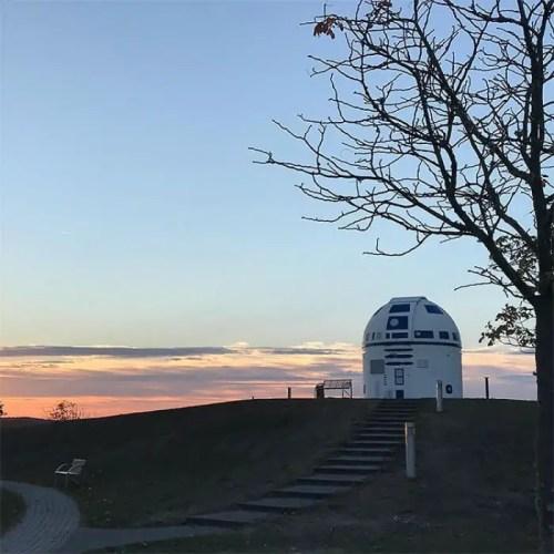 Mega Star Wars Fan and German Professor Paints Observatory Like R2-D2 9