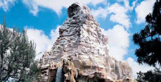 Must do Disneyland Summer Bucket List 10
