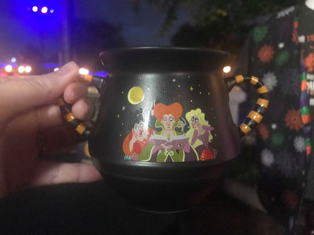 The Halloween Party Merchandise Is Full of Magic And Hocus Pocus 8