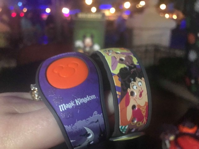 The Halloween Party Merchandise Is Full of Magic And Hocus Pocus 6