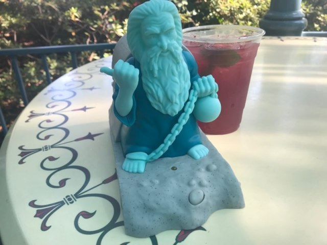Hitchhiking Ghosts Novelty Souvenirs Are a Haunting Good Time 6