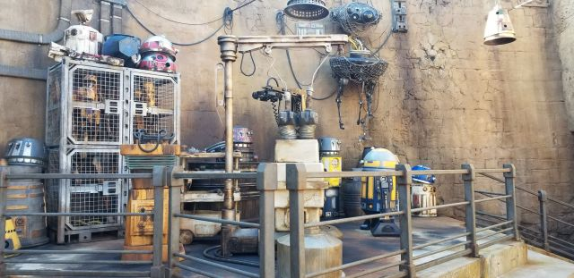 Check Out This Star Wars: Galaxy's Edge Photo Tour 5