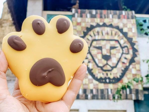 lion paw cookie animal kingdom lion king