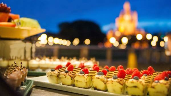 End Your Disney Night With a Sweet Dessert Party 6