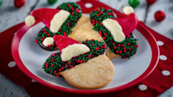 Holiday Cookie Stroll Returns at Epcot's Festival of the Holidays 2